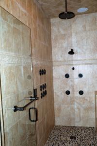 Fineline Construction Shower Renovation